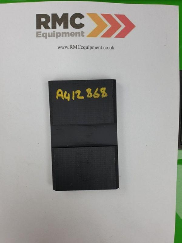 A412868 - Boom wear pad - side - long